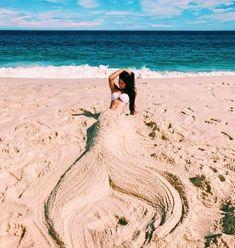 16 Ideas For Photography Poses Bff The Beach Summer Photography, Creative Photography, Photography Poses, Fashion Photography, Photography Magazine, Creative Photos, Cool Photos, Creative Beach Pictures, Creative Ideas