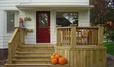 Best Small deck designs ideas that you can make at home! small deck ideas on a budget, small deck ideas decorating, small deck ideas porch design, small deck ideas with stairs Front Porch Deck, Small Front Porches, Front Porch Design, Decks And Porches, Deck Design, Porch Wood, Front Porch Addition, Porch Designs, Screened Porches
