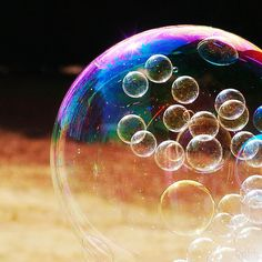 bubbles in bubble. Blowing Bubbles, Giant Bubbles, Bubble Balloons, Rainbow Bubbles, Bubble Gum, Pretty Pictures, Cool Photos, Pretty Pics, Bubble World