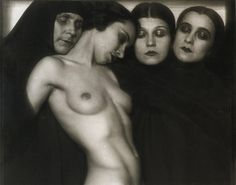 02_Rudolf Koppitz_Composition_1927