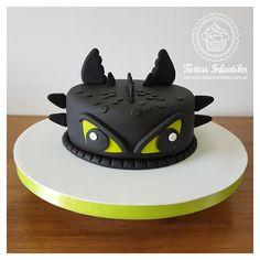 Dragon Birthday Cakes, Dragon Birthday Parties, Dragon Cakes, Dragon Party, Toothless Party, Toothless Cake, Pretty Cakes, Cute Cakes, Fondant Cakes