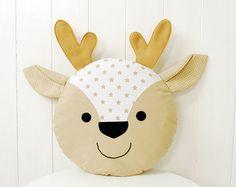 Almohada de ciervo para niños cervatillo cojín Reno muñeca cornamentas Sewing Projects For Kids, Sewing For Kids, Baby Sewing, Pink Pillows, Baby Pillows, Pillow For Baby, Pillows For Kids, Deer Pillow, Pillow Room