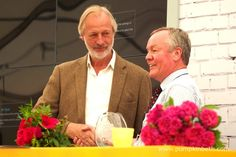 Philip Harkness presents rose breeder Colin Dickson, of Dickson Roses, with the Rose of the Year trophy for Rosa 'Lovestruck', which was the winner of The Rose of the Year 2018 Competition. Hampton Court Flower Show, Rhs Hampton Court, Shows 2017, Real Flowers, Beautiful Roses, Stems, Palace, Competition, Presents