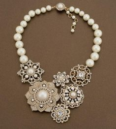 vintage necklace. I think I could make this.