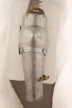 Arm Harness, Ruestkammer Schloss Churburg, Schluderns   ref_arm_809  Date: 1370-1400  Culture: Italian