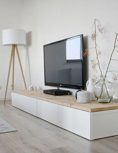 meuble tv scandinave très élégant en forme de rectangle blanc