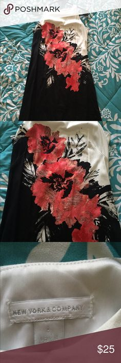 New York and Company Floral Dress New York and Company floral dress. Perfect work to weekend apparel. Never worn, NWOT. Cheaper on Ⓜ️erc! New York & Company Dresses
