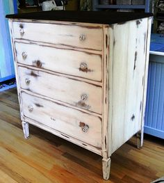 love this distressed chest of drawers...love it!