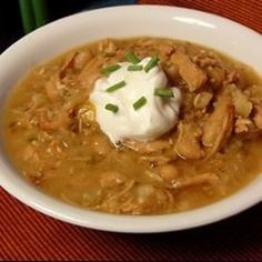 """Slow Cooker Turkey and White Bean Chili 