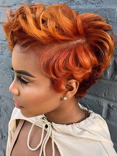 Hottest Copper Colors & Highlights for Short Hair in 2019 copper red hair color - Red Hair Short Sassy Hair, Short Hair Cuts, Curly Short, Short Pixie, Red Copper Hair Color, Color Red, Pelo Multicolor, Curly Hair Styles, Natural Hair Styles
