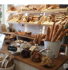 bread shop Pandelino, una bakery shop en A Corua Bakery Store, Bakery Cafe, Cafe Restaurant, Bread Display, Bakery Display, Bakery Shop Design, Bakery Interior Design, Cafe Design, Design Design