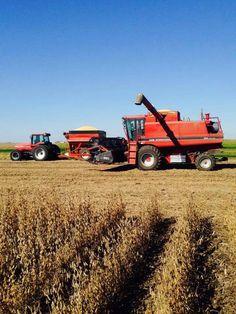 CASE IH Magnum tractor  & axial flow combine