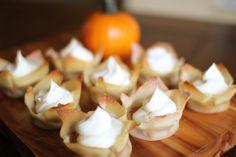 Mini Pumpkin Pies...YUMMM!! Can't wait until Thanksgiving.