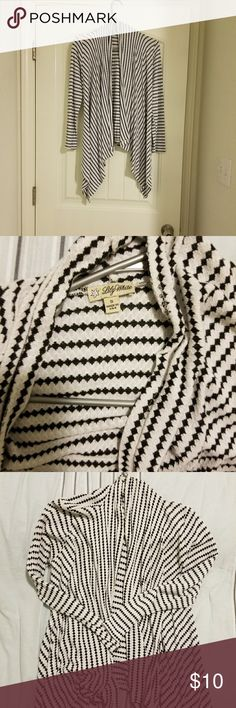 Women's Sweater Great condition ! Sweaters
