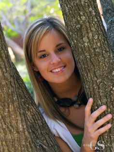 Have you gotten your senior pictures done, yet? Go to your local Glamour Shots!