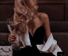 Boujee Aesthetic, Badass Aesthetic, Bad Girl Aesthetic, Aesthetic Pictures, Foto Glamour, Rich Girl, Rich Man, Photo Instagram, Gossip Girl
