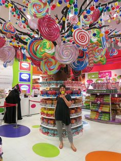 Candy store, dubai travel в 2019 г. Candy Store Design, Candy Store Display, Money Magic, Sleepover Birthday Parties, Balloon Shop, Store Layout, Toy House, Soda Fountain, Party Stores
