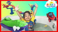 cool Disney Cars Toys Bath Blastin' Finn McMissile Hot Wheels Splashdown Station and Splash Rides Vehicle