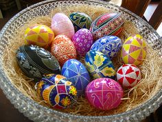 Creative ideas for decorating easter eggs5
