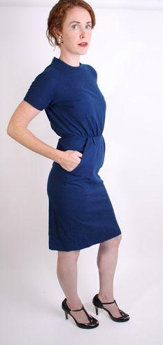Mad Men Dress / Joan Mad Men / Royal Blue / Navy Blue.  I have a dress similar to this.