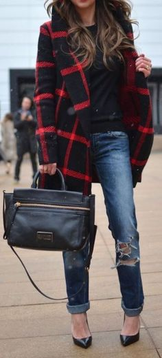 Plaid coats are perfect for winter date night outfits!