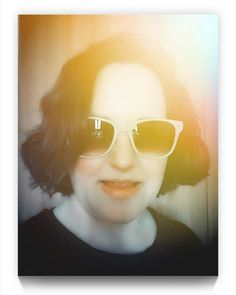 READY FOR THE WEEKEND !!  No todos los findes los tengo libres como este  porque estoy de vacaciones  así que tengo la agenda bien llena para no desperdiciar ni un segundo. Os iré contando por aquí.  #felizfindesemana #happyweekend #carpediem #sunglasses #selfie #picoftheday #readyfortheweekend #friday