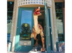 Vandals target local dinosaur sculpture - Canada