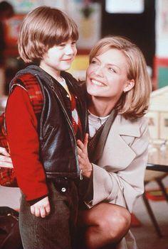 Michelle (one fine day) Favorite Person, Favorite Tv Shows, Celebrity Film, 90s Movies, Woman Smile, Michelle Pfeiffer, One Fine Day, Romantic Movies, Movie List