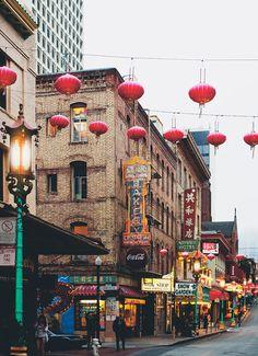 """Le typique quartier de San Francisco : chinatown. C'est là que les fameux petit """"fortune Cookie"""" ont été inventé (ou presque)"""