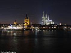 Hey, I found this really awesome Etsy listing at https://www.etsy.com/uk/listing/467313510/cologne-city-and-cathedral-overlooking
