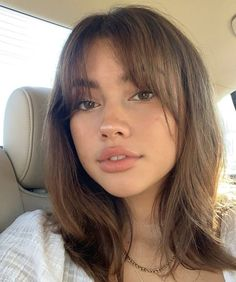 Short Hair With Bangs, Hairstyles With Bangs, Pretty Hairstyles, Straight Hairstyles, Wispy Fringe Bangs, Brown Hair Bangs, Hot Haircuts, Cut My Hair, New Hair