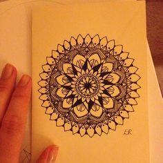 "ellarose0803: ""Well hai there little guy ✌️ #mandala #art #artist #drawing #flowers #ink #instaart #sketch #doodle #floral #handmade #illustration """
