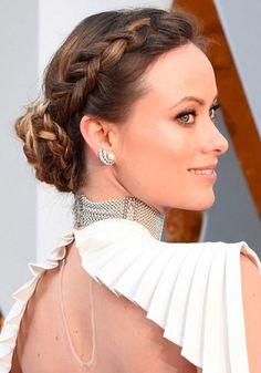 Pin for Later: 36 Hochzeitsfrisuren, inspiriert von den Stars Olivia Wilde Oscar Hairstyles, Celebrity Hairstyles, Hairstyles With Bangs, Trendy Hairstyles, Braided Hairstyles, Gorgeous Hairstyles, Homecoming Hairstyles, Party Hairstyles, Wedding Hairstyles