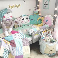Обожаю Цветные сны Просто люблю их и всё тут❤️ Бэбитойсы подходят для оформления кроваток для малышей и для деток постарше Бэбитойсы - это бортики и постельное белье, одеяла с подушками и даже игрушки, корзины для игрушек, мобили и балдахины, коконы, конверты и спальники, ну и, конечно, декор для детской Наш большой ассортимент представлен на lovebabytoys.ru Если что то не нашлось на сайте, да и просто по всем вопросам жду вас в Viber или WhatsApp +79136254555