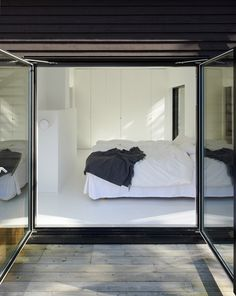 Villa Wallin by Erik Andersson Architects - Nordic Design Home Bedroom, Master Bedroom, Bedroom Decor, Design Bedroom, Painted Pine Walls, Interior Architecture, Interior And Exterior, Exterior Doors, Villa