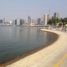 Pensar nas Nuvens: Baía de Luanda