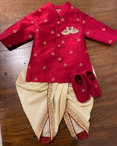 Ethnic Wear For Boys, Kids Indian Wear, Kids Wear Boys, Kids Party Wear Dresses, Kids Dress Wear, Kids Gown, Mom And Son Outfits, Kids Outfits, Boys Dress Clothes