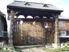 Imagini pentru porti vechi sibiu