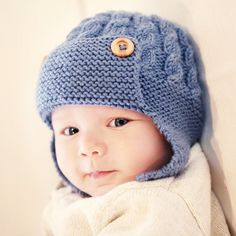 That look you give when you know your mom made you the perfect hat for Saturday snuggles. #FeelingCraftsy