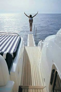 Yachting Luxurious Summer Vacation | ★•°○●Via LadyLuxury•°○●★
