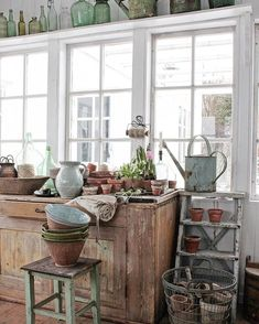 Lawn and Garden Tools Basics Vibeke Design: Longer . Shabby Chic Yard Decor, Garden Shed Interiors, Garden Sheds, Garden Tools, Vibeke Design, Building A Shed, Tag Design, Shed Plans, Cottage Style