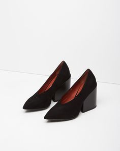 ACNE STUDIOS | Alvara Suede Pump | Shop at La Garçonne