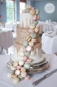 Tiered Wedding Cakes for Stamford Lincolnshire Macaroon Wedding Cakes, Macaroons Wedding, Fancy Wedding Cakes, Wedding Cake Pearls, Themed Wedding Cakes, Wedding Cakes With Flowers, Wedding Cake Designs, Wedding Desserts, Glitter Wedding Cakes