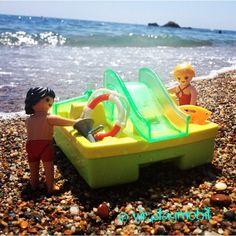 Pam and Mitch Bucanan are entertained during breaks Baywatch ☀️ #playmobilfigures #playmobillovers #playmobilporelmundo #playmo #playmobilespaña #famobil #clicks #iloveplaymo #playmo #playmobilfans #playmobilmania #toycreativity #playmobilcollectorclub #geobra #playmyplanet #iloveplaymo #iloveplaymo #playmobil #playmobils #playmobile #toystagram #toyartistry #toyfusion #sun #summer #sea #baywatch