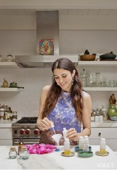 L.A. Confidential: Making Organic Face Oil at Home with Shiva Rose - Vogue Daily - Fashion and Beauty News and Features