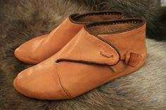 Nye sko, basert på funn fra York (Tonje Årolilja Rogersdatter)