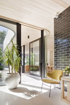 Clare Cousins Architects: Brick House. Loving glazed bricks inside and out - so many colours and possibilities
