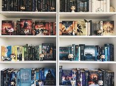 Throne of glass series... I didn't realise it was so popular my heart is very happy right now :)