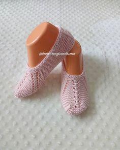 Arada kendime yapiorm evet..☺ #handmade #knitting #instagood #instalike #instafollow #patik #cetik #ceyizhazirligi #çeyiz #ceyiz #elemegigoznuru #siparisalinir #siparis #suslu #incili #renkrenk #rengarenk #indirim #nur_hobby #damatbohcasi #work #instadegistokus1234 #instadegistokus