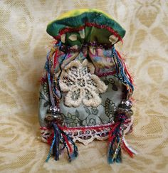 Small Gypsy Pouch, Gypsy Bag, Scrappy bag, drawstring pouch, crystal pouch, dice bag, gift bag, jewelry bag, beads, ribbons and lace
